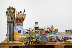 Paintbrushes is in a jar or pot on the wooden pallets Royalty Free Stock Photography