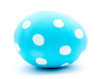 Painted blue easter egg isolated Royalty Free Stock Photos