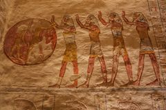 Painted representation of worshipping the sun in the tomb of Ramesses VII. In the Valley of the Kings stock image