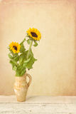 Painterly still life with sunflowers Royalty Free Stock Photos