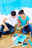 Painting couple from above Royalty Free Stock Photography