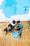Painting couple from above Royalty Free Stock Photo