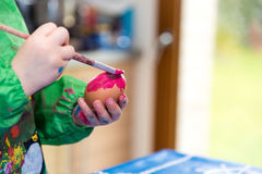 Painting eggs for easter Royalty Free Stock Photography