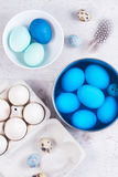 Painting eggs for easter Royalty Free Stock Photos