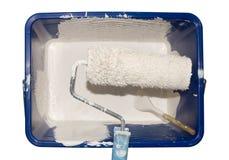 Paintroller in una benna Fotografie Stock Libere da Diritti