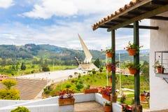 Paipa Colombia Pantano av den Vargas monumentpanoramautsikten royaltyfria foton