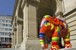 Paiperphant elefant ståtar, den Luxembourg staden Arkivfoton