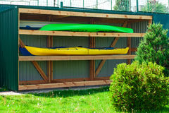 A pair of single kayaks in a row 04 Royalty Free Stock Photography