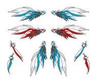 Paires d'Angelic Wings plus les plumes simples Photographie stock libre de droits