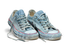 Paires d'espadrilles bleues d'isolement sur le fond blanc Photo libre de droits