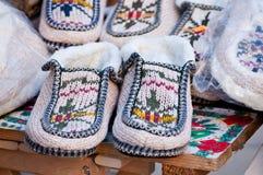 Paires de chaussures d'intérieur de l'hiver Photos libres de droits