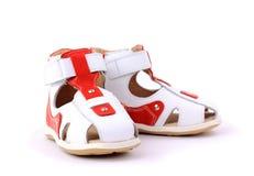 Paires de chaussures de chéri au-dessus d'un blanc Photographie stock