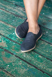 Paires de chaussures dehors Photographie stock libre de droits