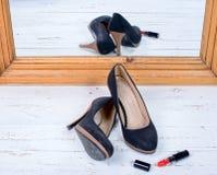 Paires de chaussures intéressantes photos libres de droits