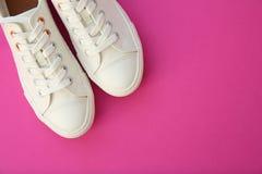 Paires de chaussures de sport Photographie stock libre de droits