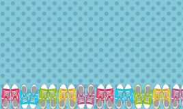 Paires de chaussures sur le fond de couleur dans le bruit Art Style Vector Illustration Images stock
