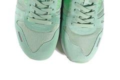 Paires de chaussures vertes, entraîneurs Image libre de droits