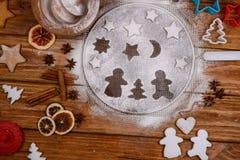 Paires de pain d'épice dans l'amour Photo libre de droits