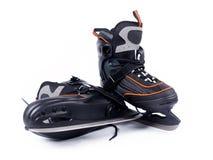 Paires de patins de hockey sur glace de l'homme Image libre de droits