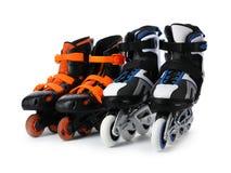 Paires de patins de rouleau intégrés photographie stock