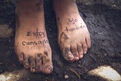 Paires de pieds fatigués Photographie stock libre de droits