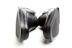 Paires des chaussures de l'homme de couleur Photographie stock
