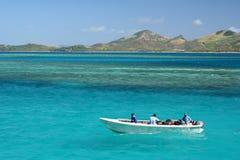 Pairo do barco no oceano do azul de turquesa Imagem de Stock Royalty Free