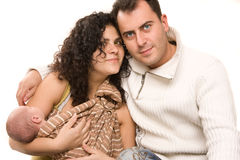 Pais adultos meados de caucasianos com bebê de sono. Imagens de Stock