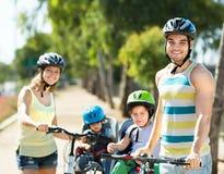Pais com crianças Imagens de Stock Royalty Free