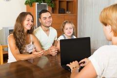 Pais com filha Fotos de Stock Royalty Free