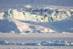 Paisagem ártica, geleira e fjord congelado Fotografia de Stock Royalty Free