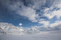 Paisagem ártica, geleiras e montanhas Imagem de Stock