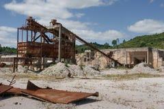 Paisagem abandonada da mina da dolomite foto de stock royalty free