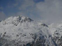 Paisagem alpina da montanha dos cumes Fotografia de Stock