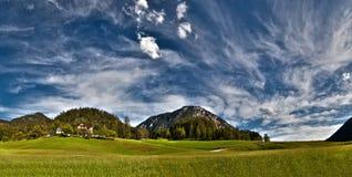 Paisagem alpina. Panorama Fotografia de Stock Royalty Free