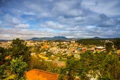 Paisagem As montanhas e os montes verão Vietname, Dalat Fotografia de Stock Royalty Free