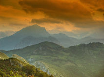 Paisagem asturiana, perto do Picos de Europa Imagem de Stock