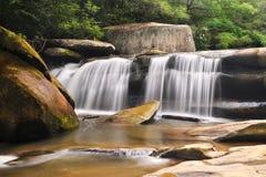 Paisagem azul leitosa da natureza da cachoeira de Ridge Imagem de Stock