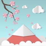 Paisagem bonita com ramo e flores de sakura, nuvens e montanha estilo de papel da arte Projeta o molde para o negócio Fotos de Stock Royalty Free