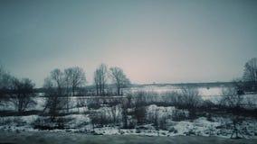 Paisagem bonita da estrada no vídeo do inverno 4K filme