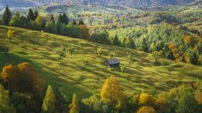 Paisagem bonita da montanha - Autumn Foliage fotos de stock royalty free