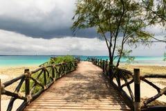Paisagem bonita do oceano na prisão da ilha, Zanzibar, Tanzânia fotos de stock royalty free