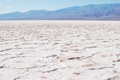 Paisagem bonita dos planos de sal, bacia de Badwater Imagem de Stock
