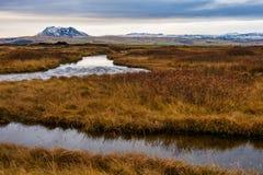 Paisagem bonita e perto da cachoeira de Selfoss em Islândia foto de stock