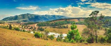 Paisagem bonita, montanha no fundo Vang Vieng, Laos P Foto de Stock Royalty Free