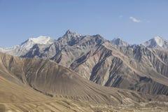 Paisagem bonita nas montanhas de Pamir Vista de Tajiquistão imagens de stock royalty free