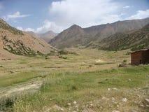 Paisagem característica das montanhas do atlas em Maroc imagem de stock