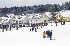 Paisagem coberto de neve perto de Koenigstein im Taunus foto de stock royalty free