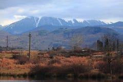 Paisagem colorida bonita da montanha do outono dentro Fotografia de Stock Royalty Free