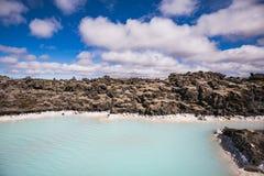 Paisagem colorida da água na lagoa azul famosa imagens de stock